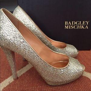 Badgley Mischka Gold Peeptoe Heels
